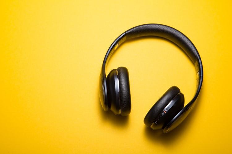 best bluetooth earphones under 5000