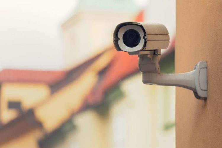 cctv camera for home with mobile connectivity